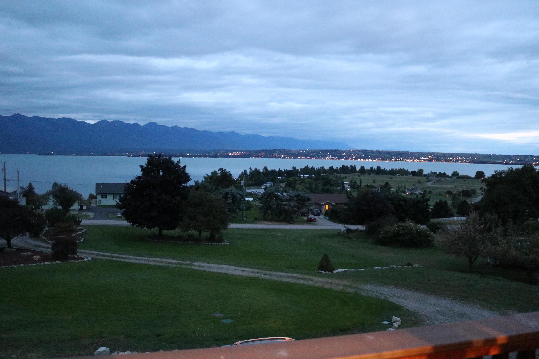 060 Night view