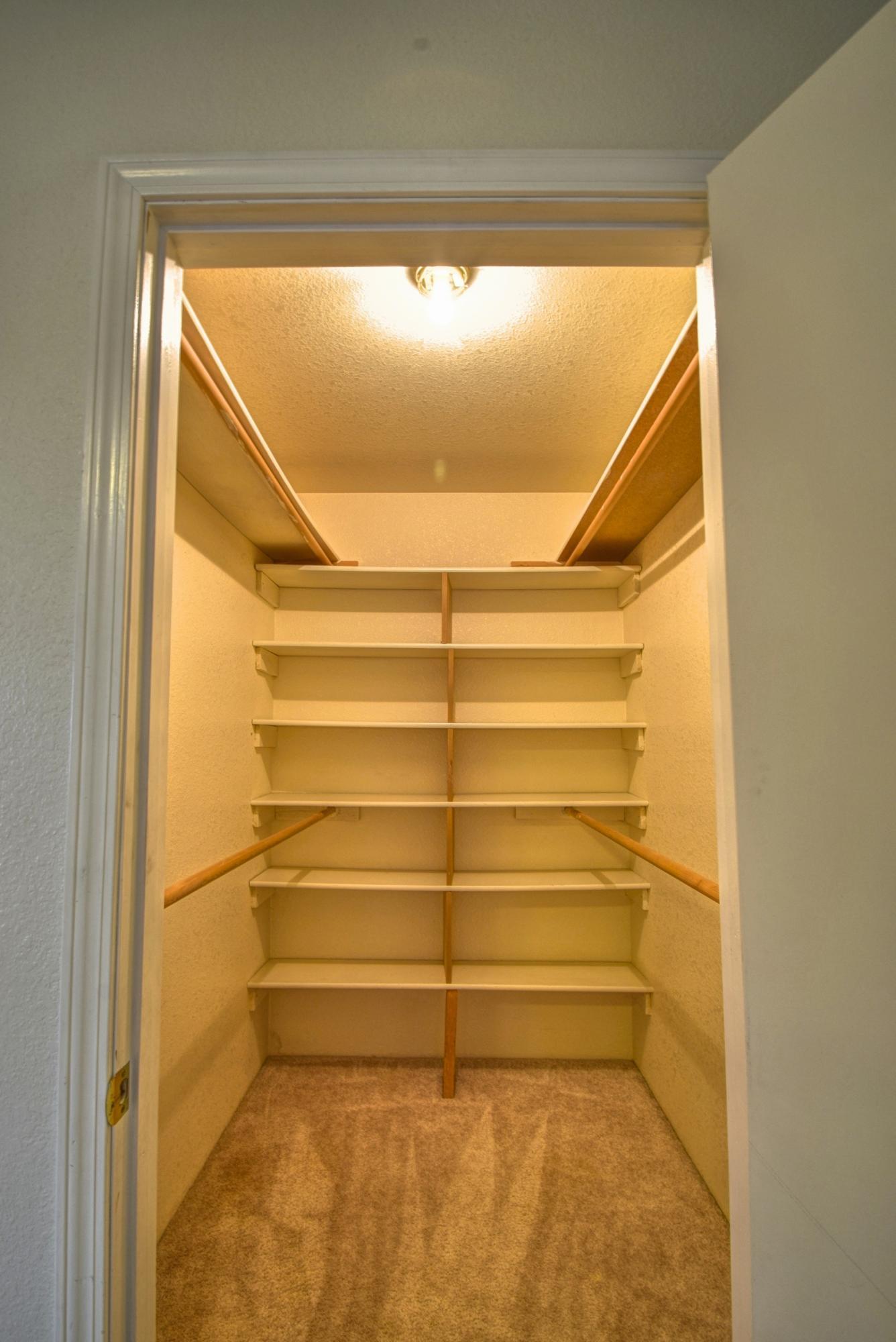 4th bedrm closet
