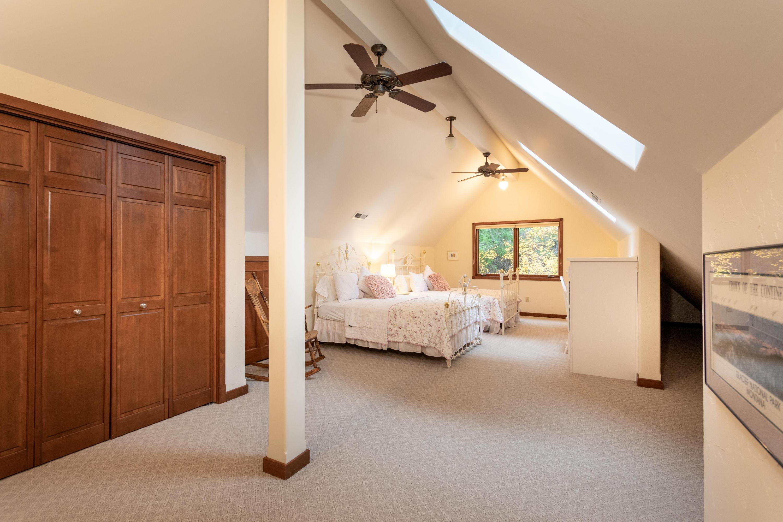 Upper Level Bedroom/Rec Room