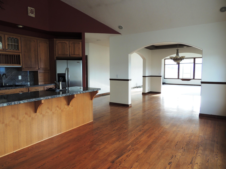 kitchen looking towards livingroom