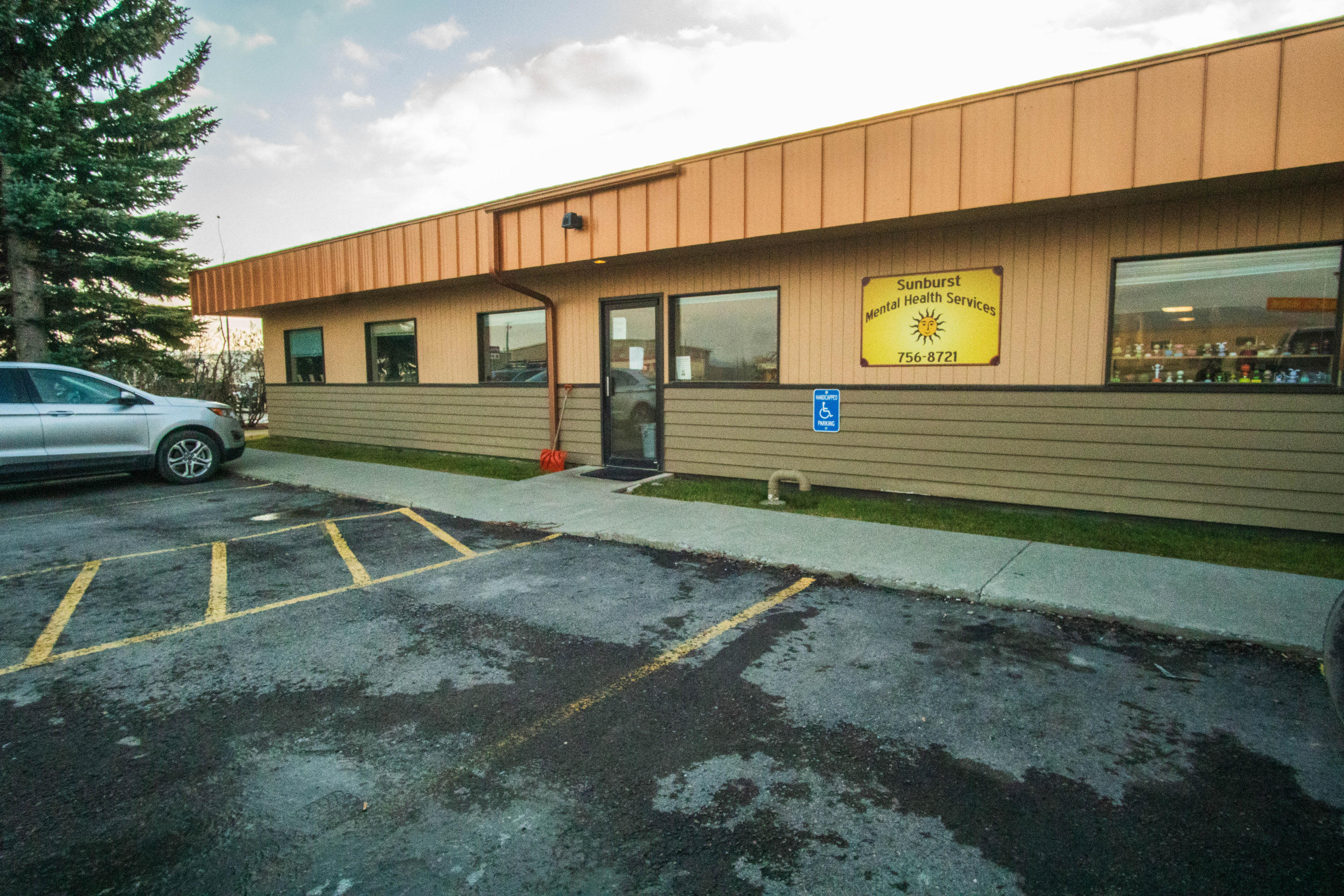 2282Hwy93S_112219-exterior (2)