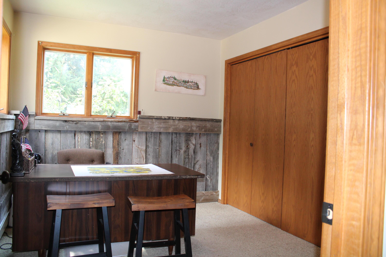 Office/bedroom - 1st floor