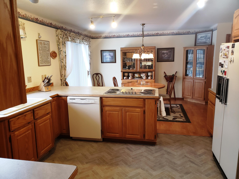 Kitchen to Dining Corner Hutch