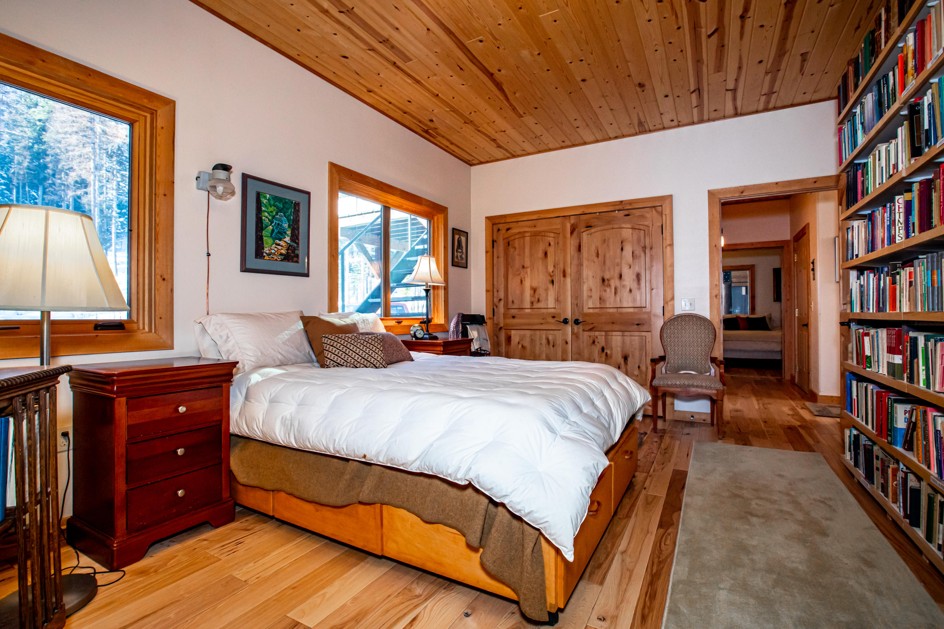 main lodge master suite