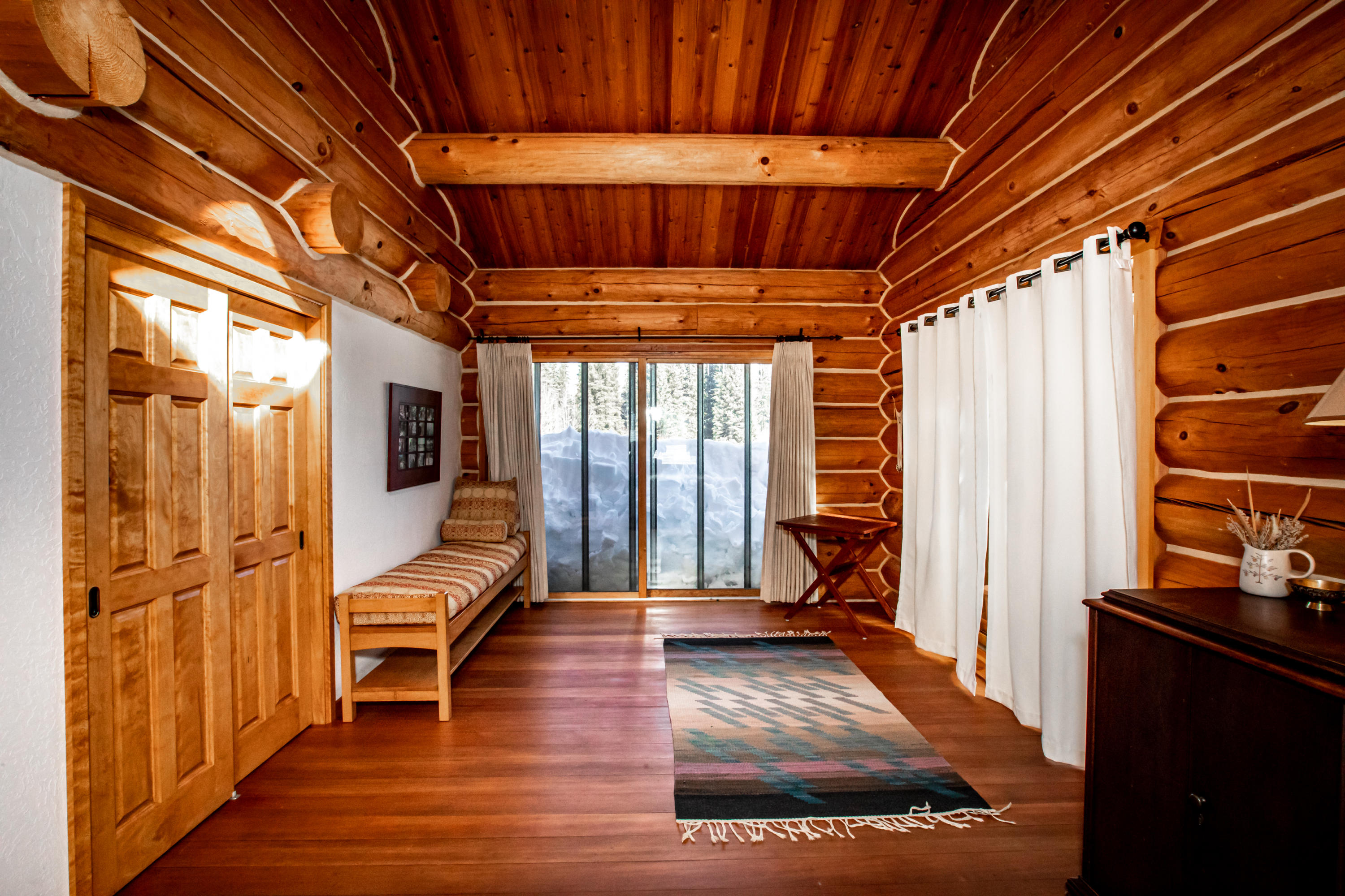 CORE Lodge bedroom