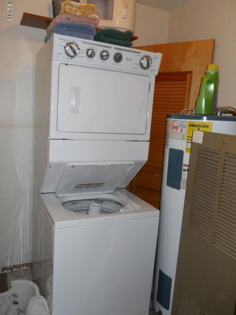 Upper Second Homes Washer/Dryer