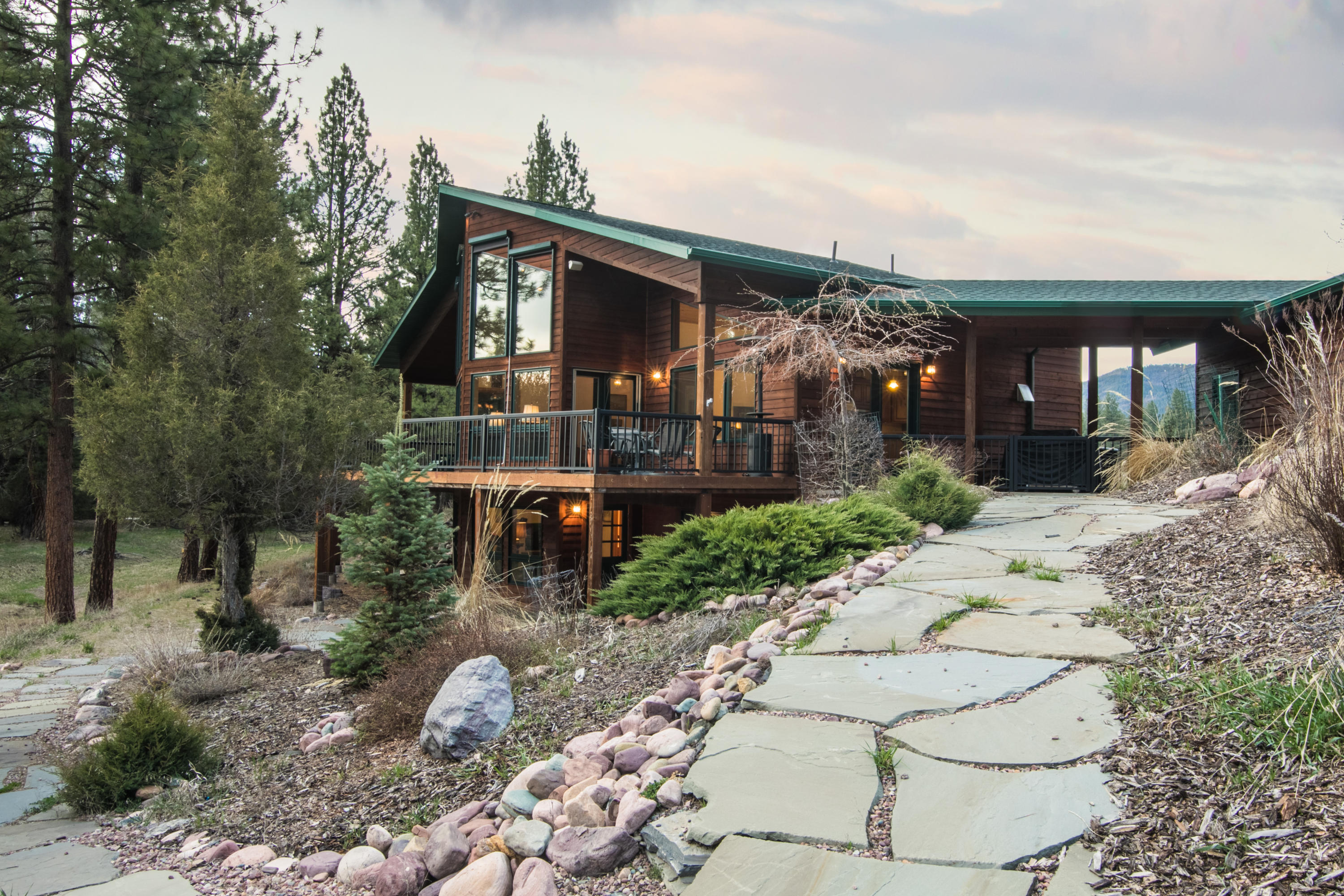 1065GolfViewDrive-EXT-3