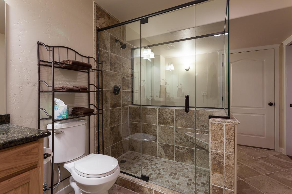 O Lower Level Bath 1