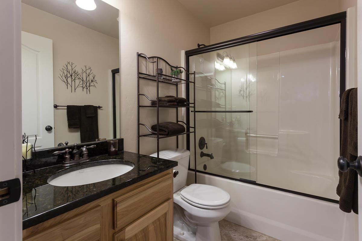 O Main Bath