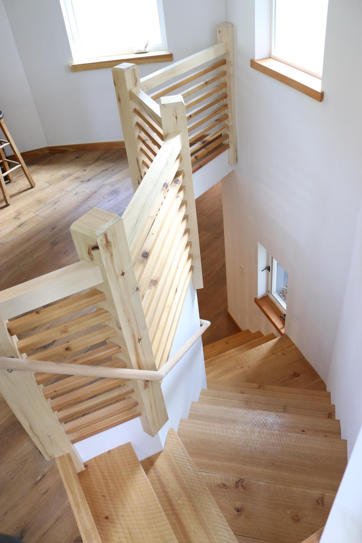 Staircase down from turret