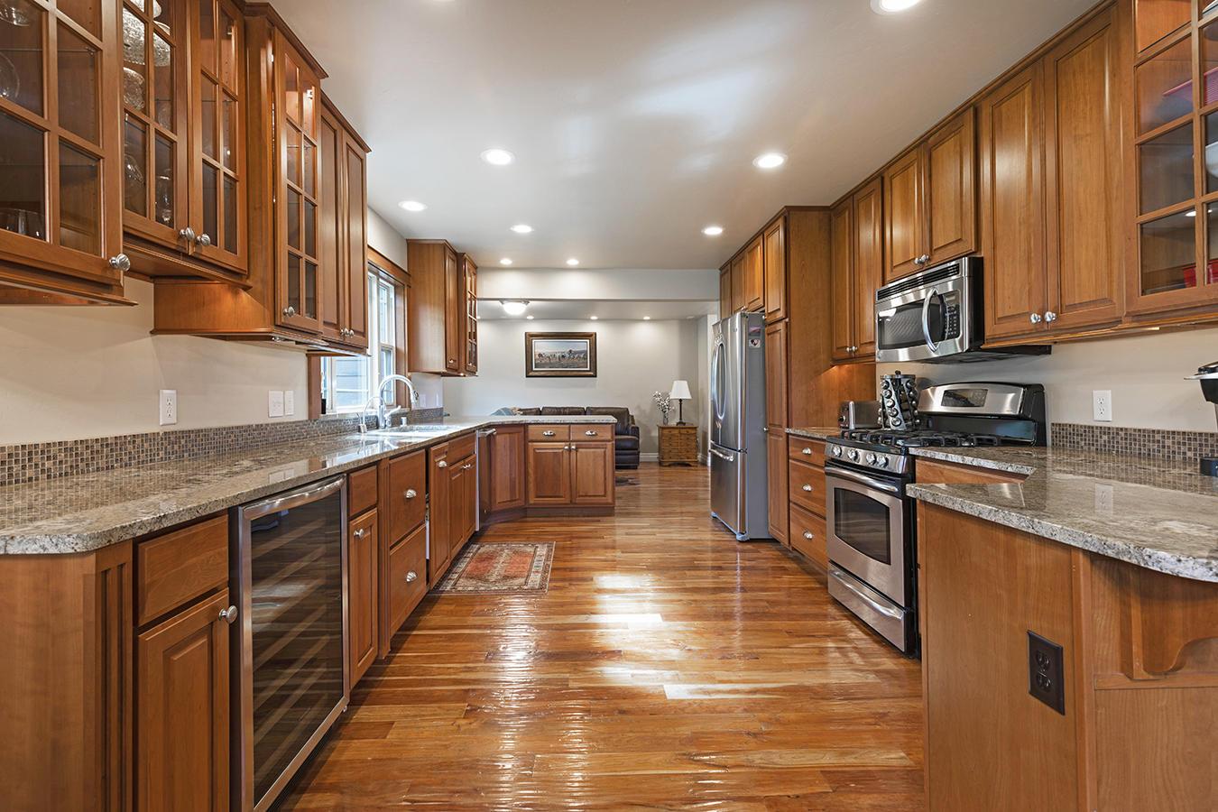 016-kitchen