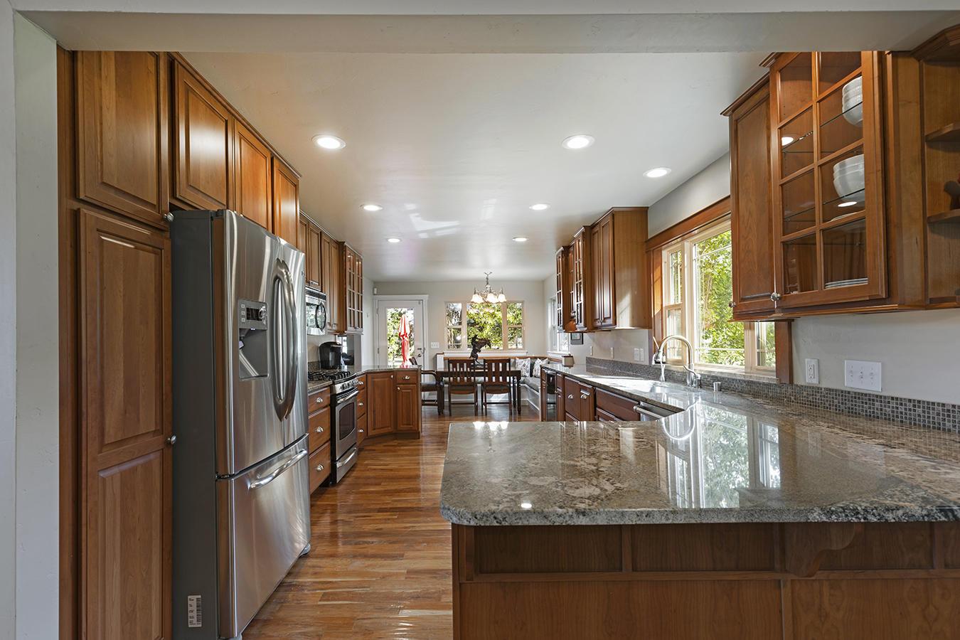 018-kitchen