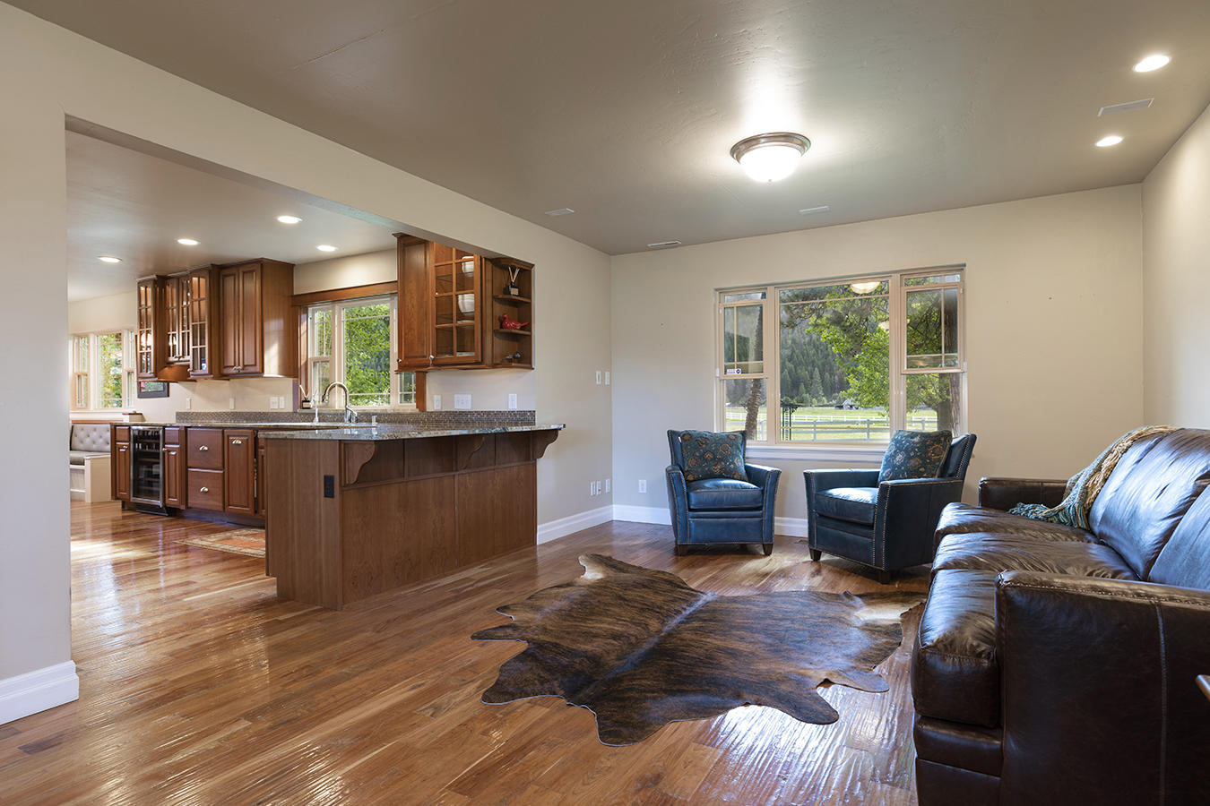 021-livingroom