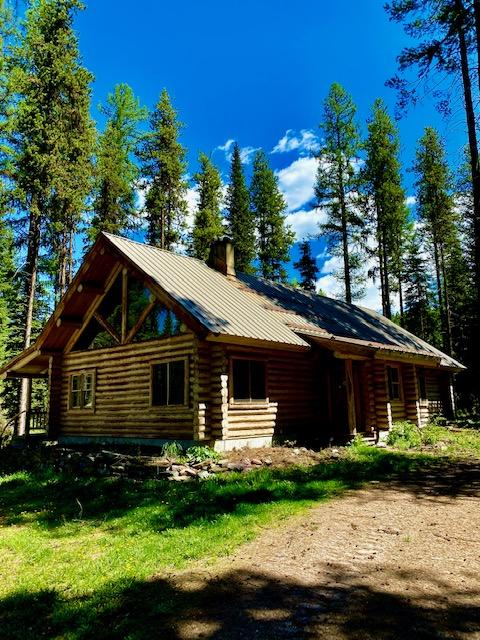 Log Homeon the Clearwater River