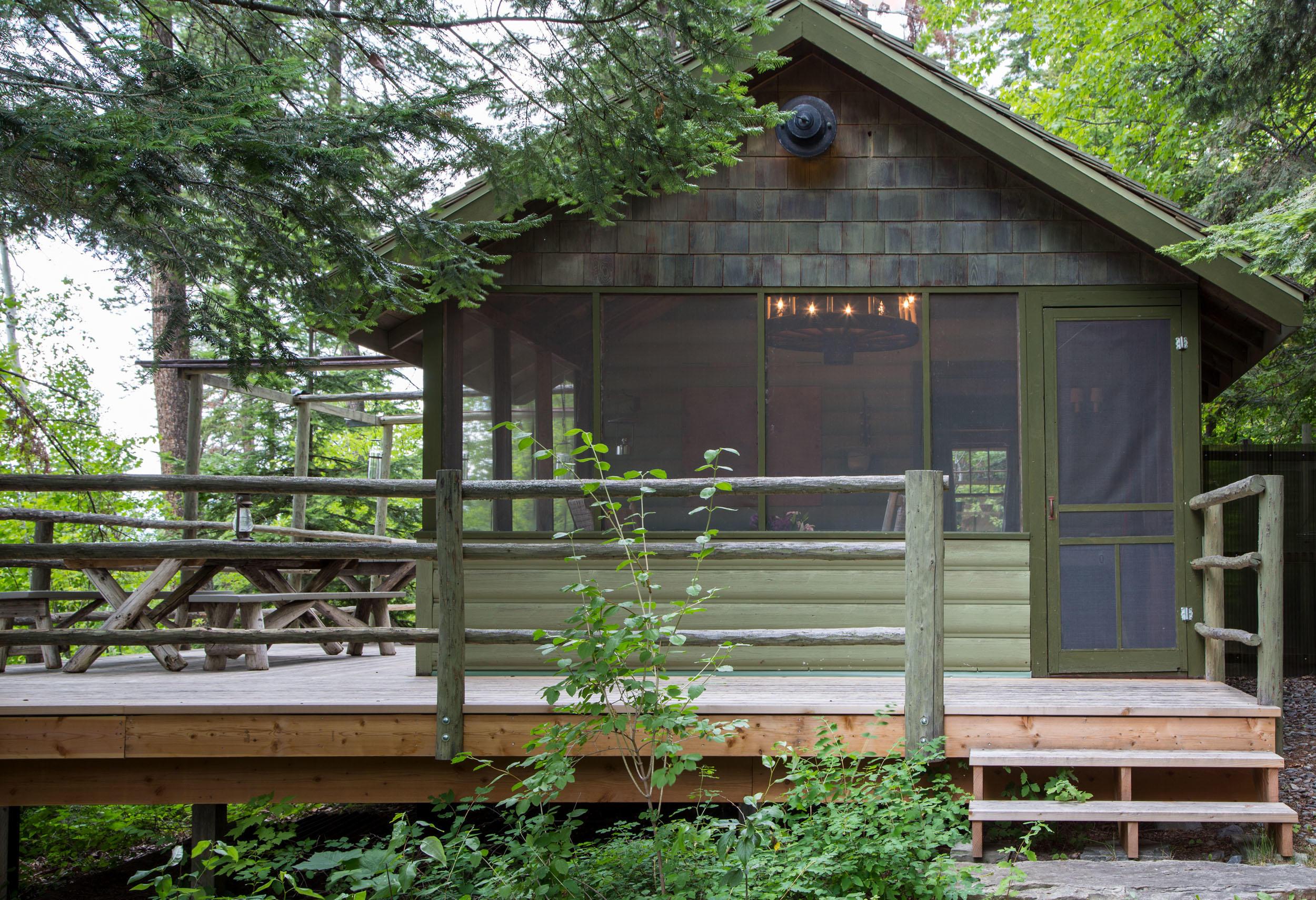 Deer Cabin Walkup