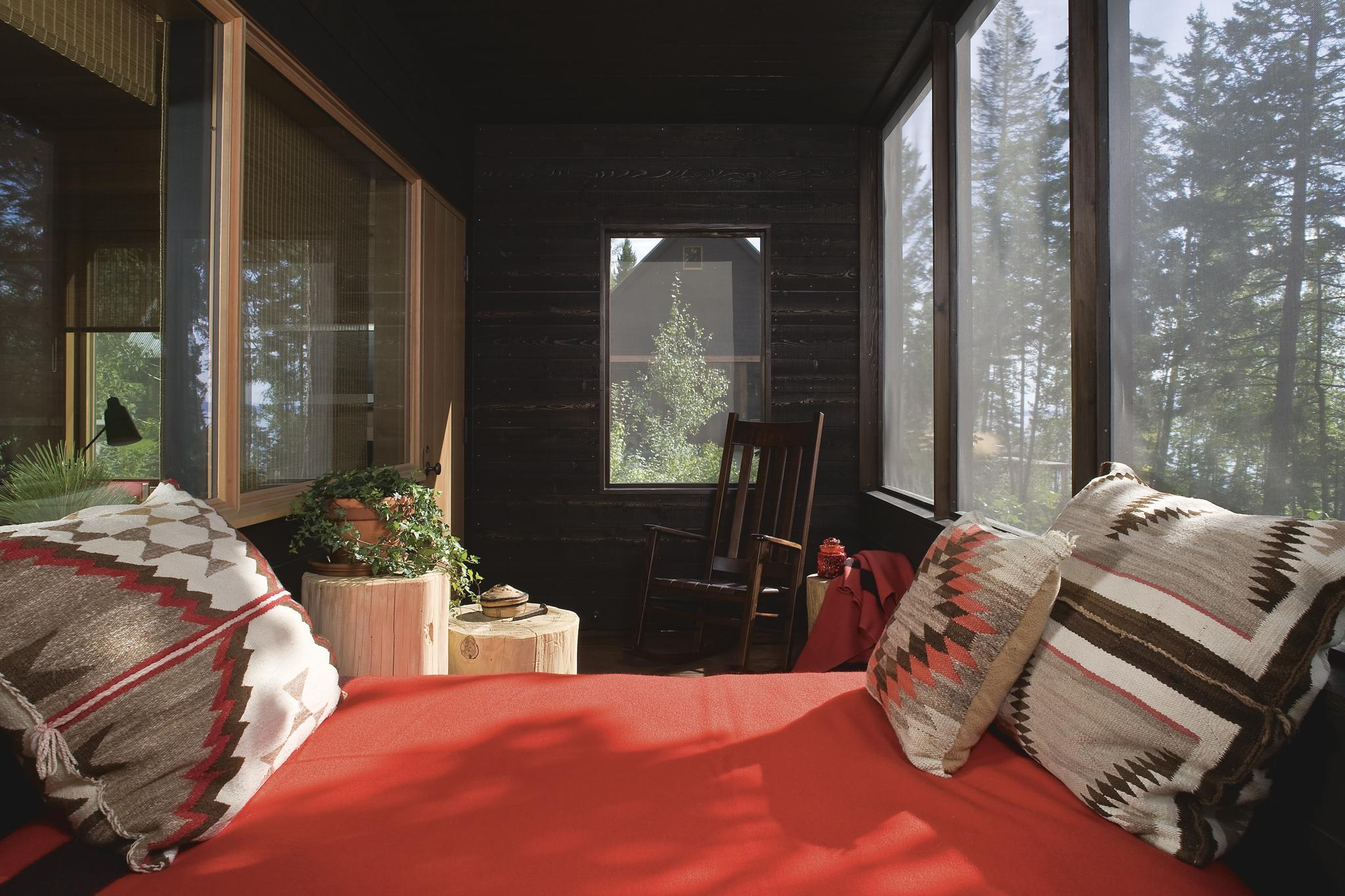 Guest House Sunroom