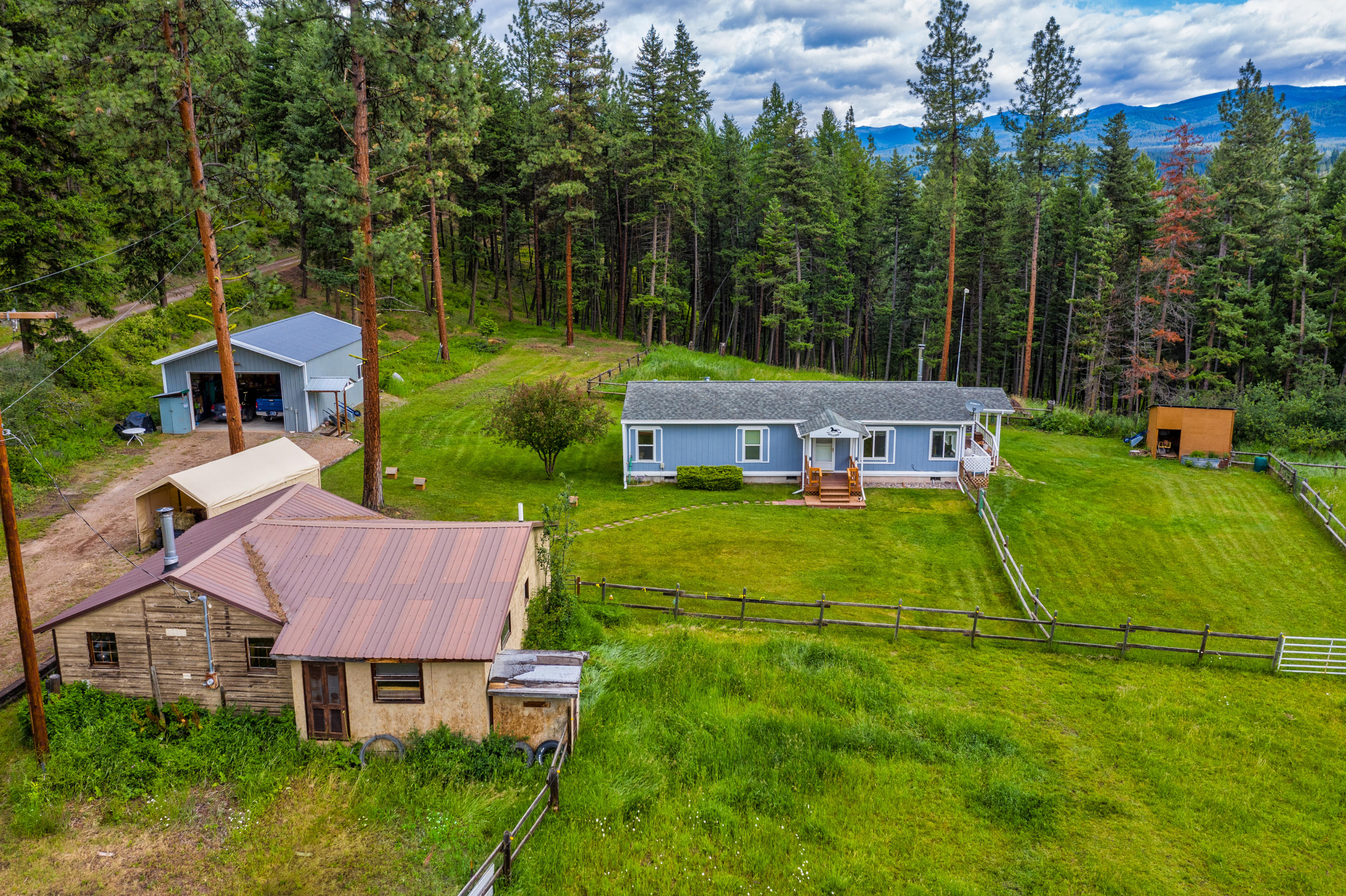 3 bed 2 bath horse property on 4o acres