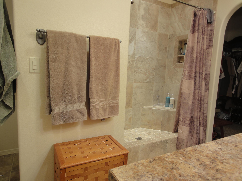 2nd Master Bath (2)