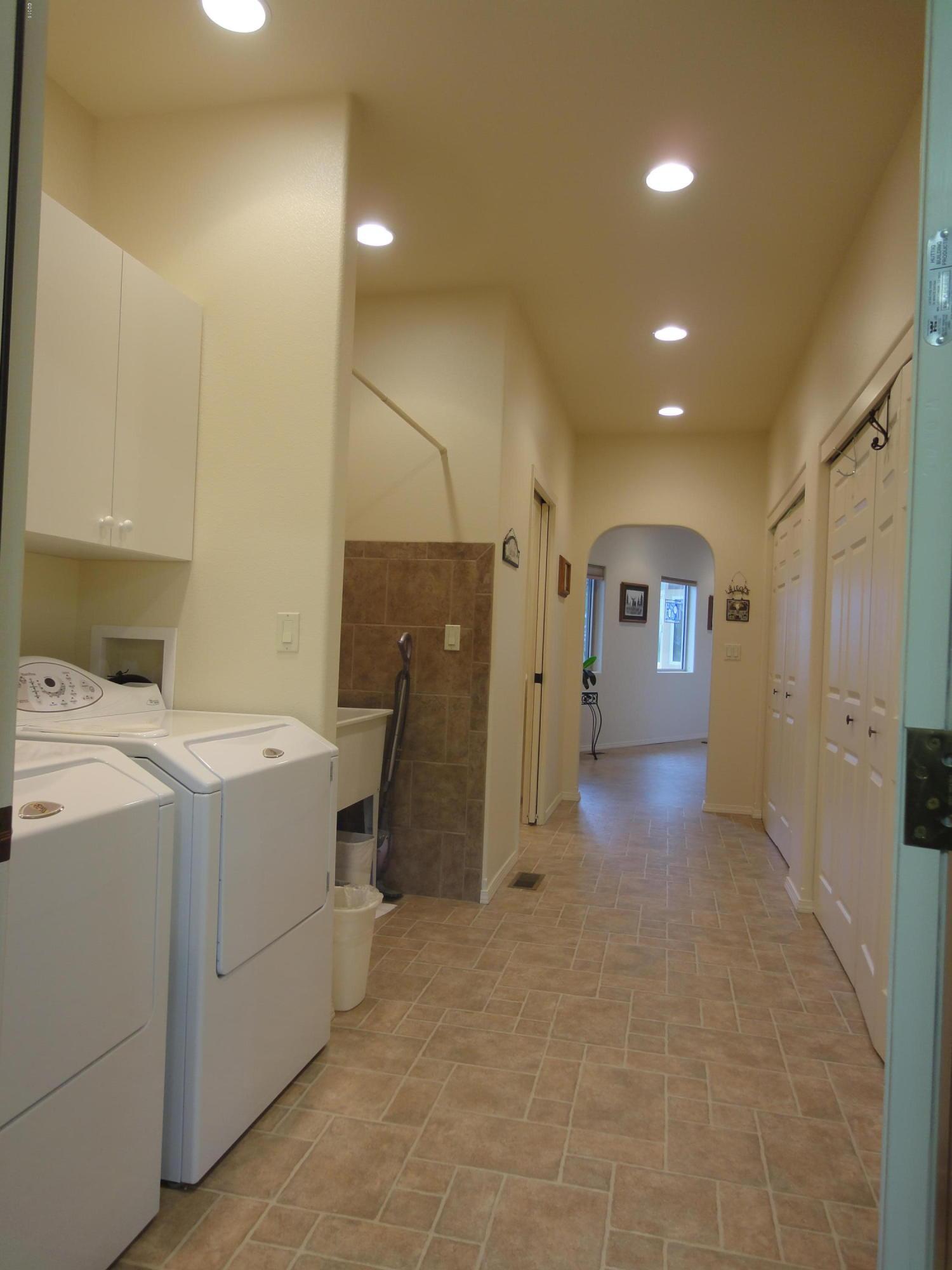 Baxter Hall Laundry 2