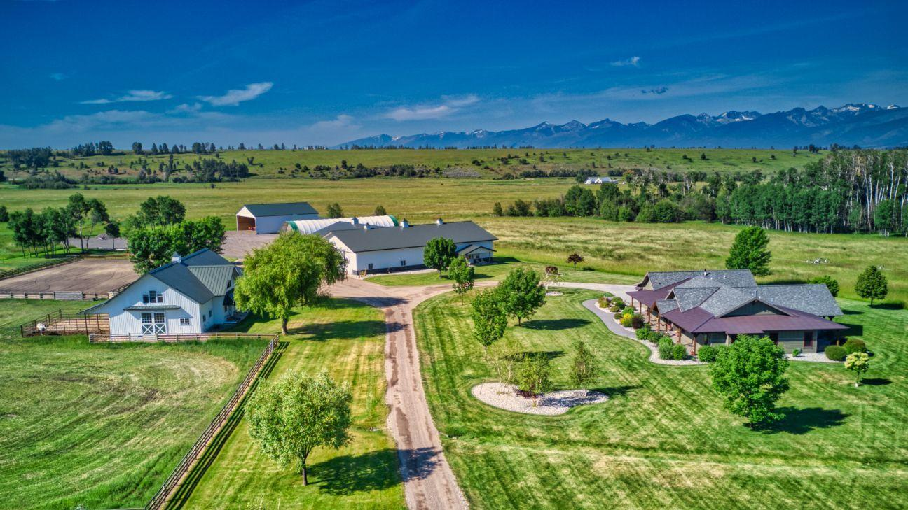 Home, outbuildings and back 80 acres