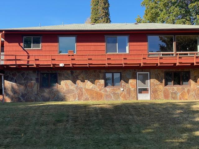House, wraparound deck