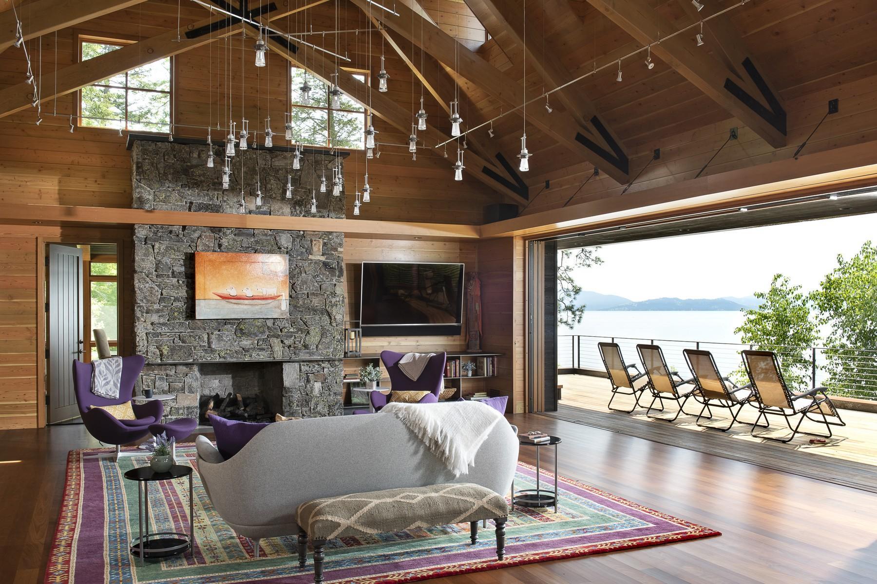 24.Lake House Living Room (1)