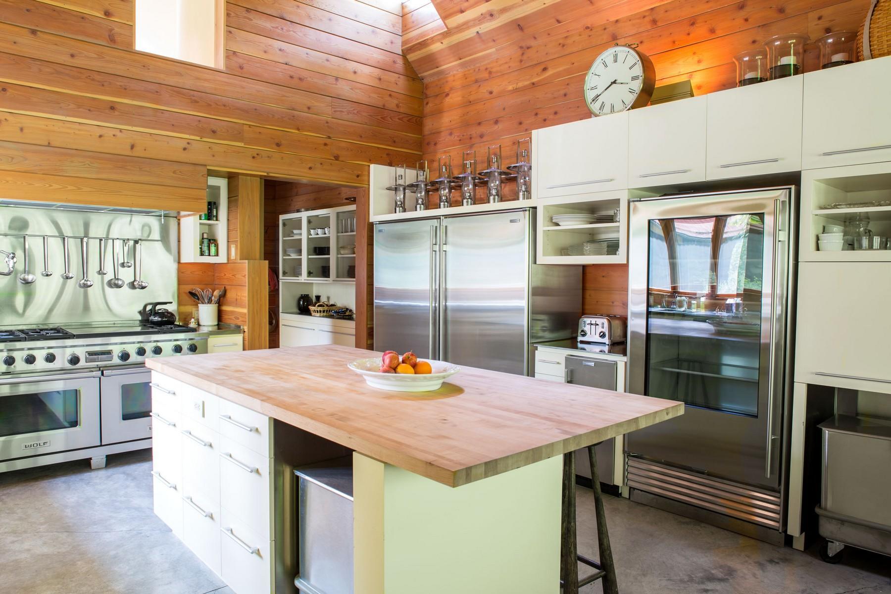 59.Lodge Kitchen2 (1)