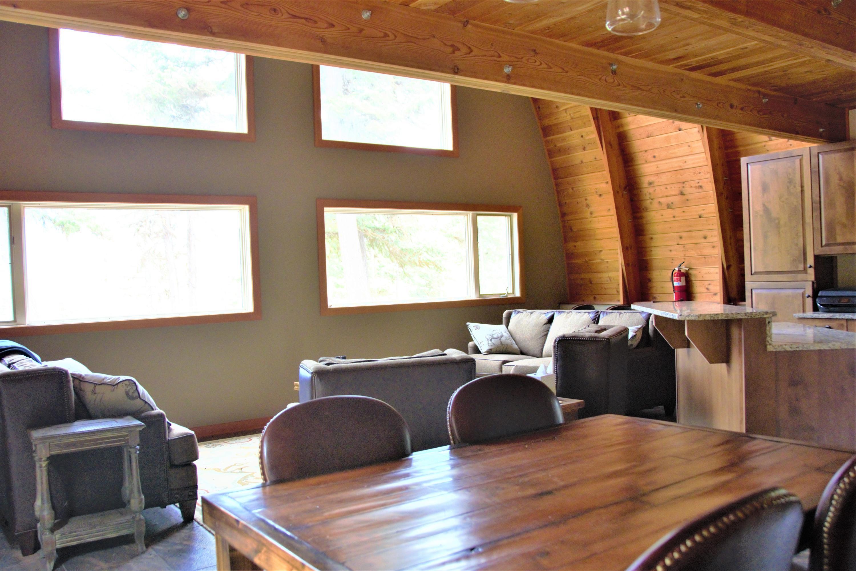 Cabin Greatroom 1