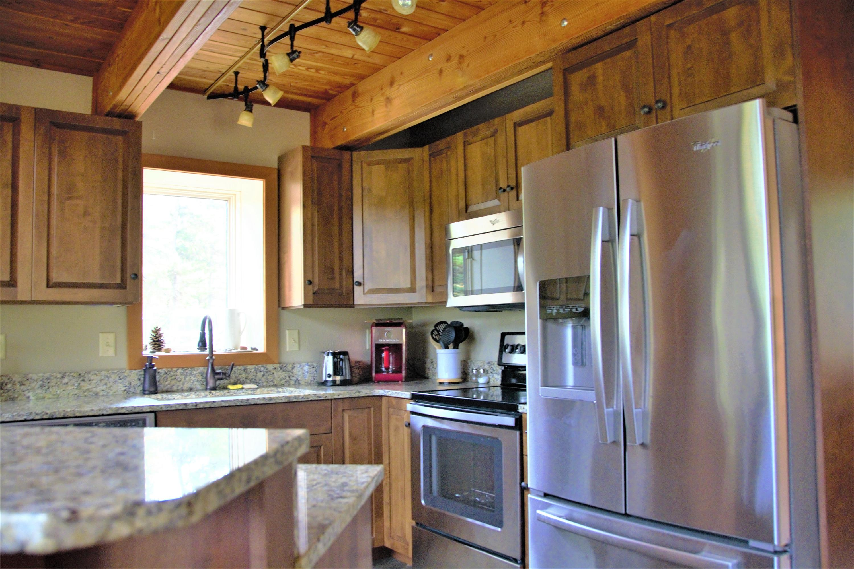 Cabin Kitchen 1