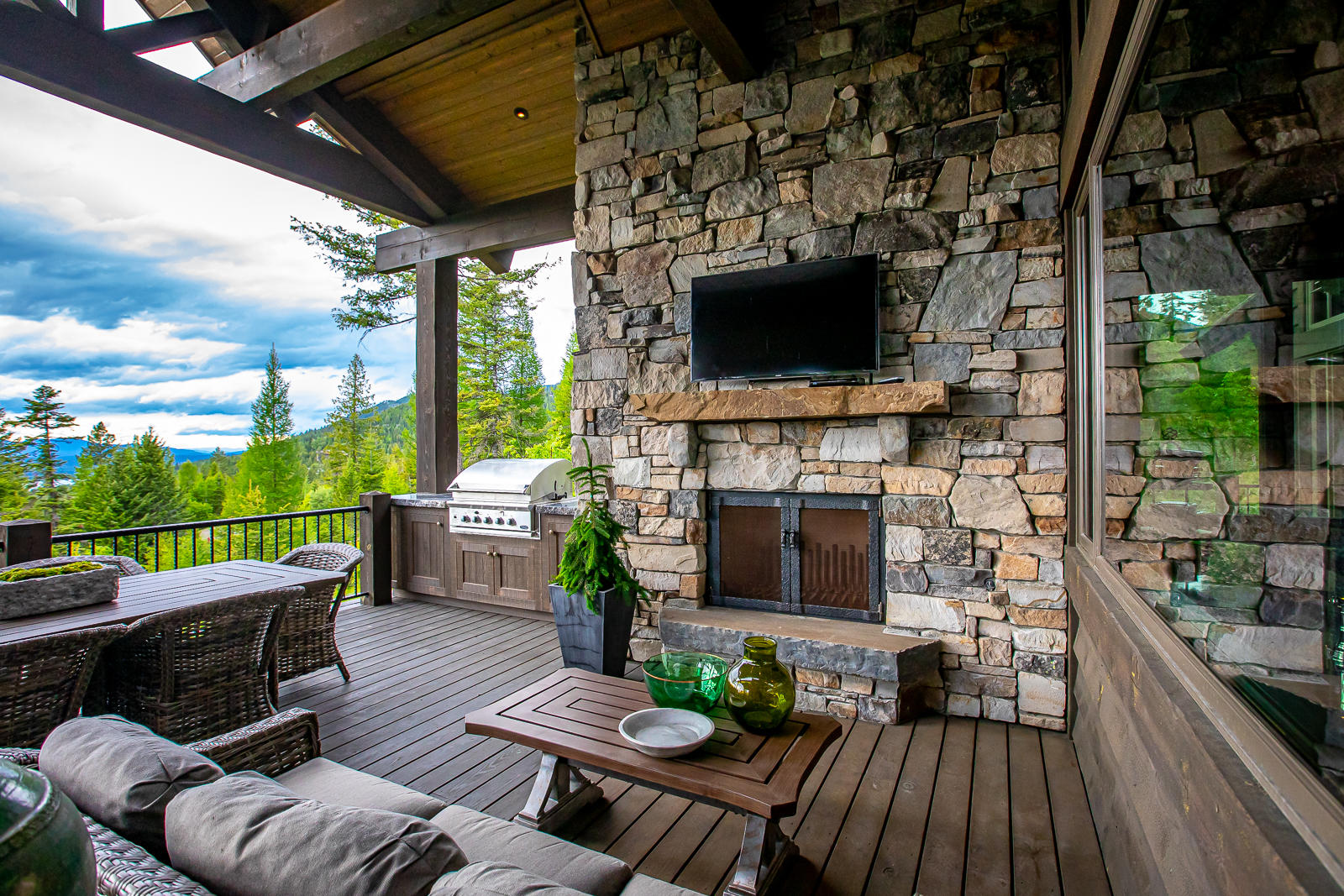 Deck Seating and Fireplace