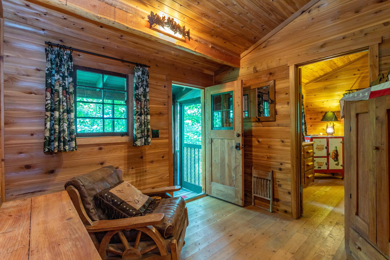 Cabin 1 sitting area