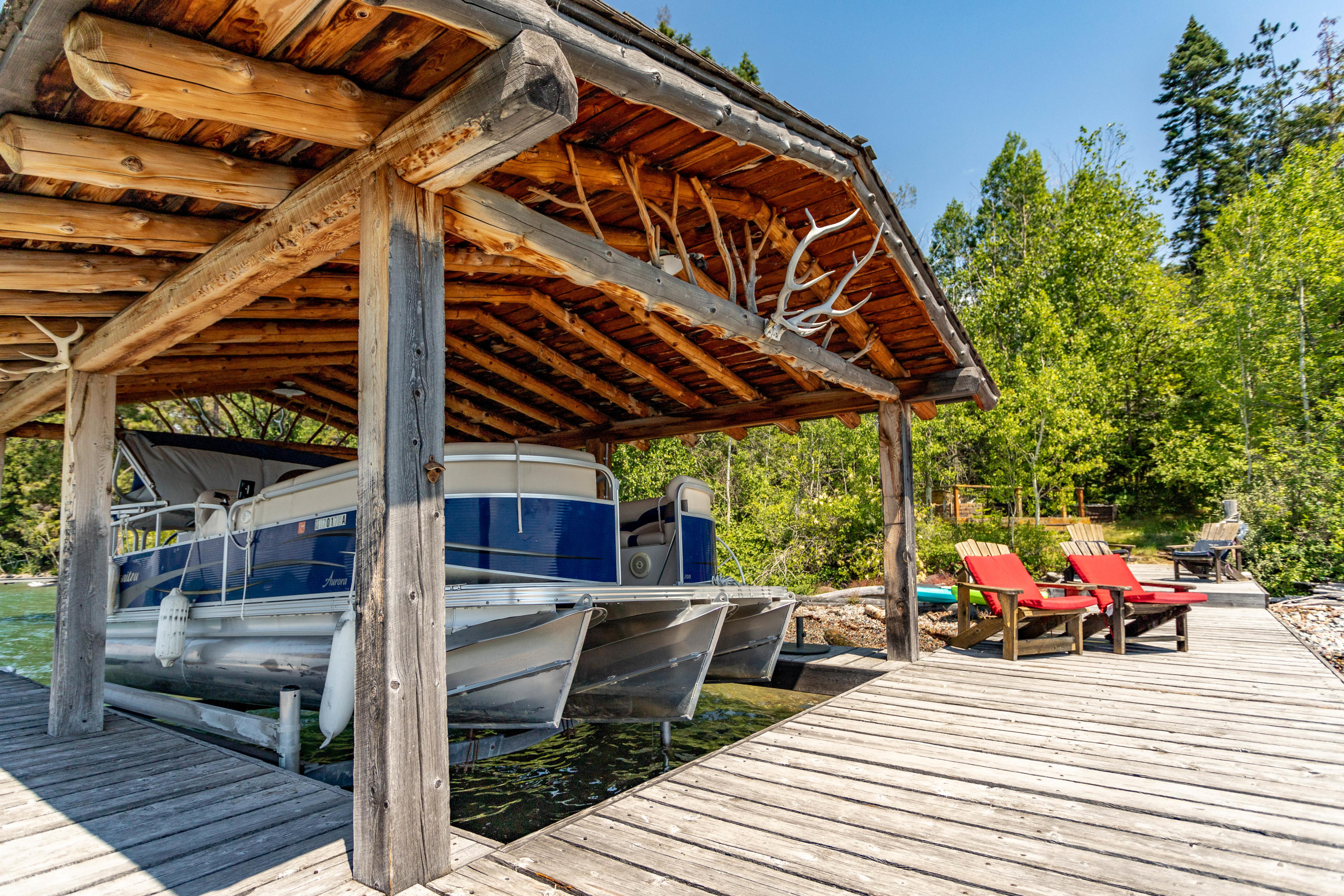 boat lift and cover