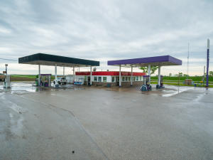 Property for sale at 13961 Hwy 252, Letts,  IA 52754