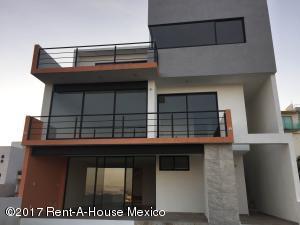 Casa En Renta En Atizapan De Zaragoza, Los Cajones, Mexico, MX RAH: 17-7
