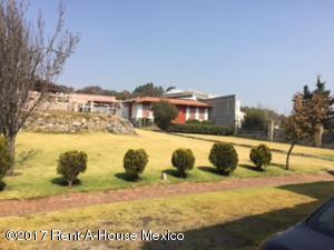 Terreno En Venta En Atizapan De Zaragoza, Condado De Sayavedra, Mexico, MX RAH: 17-15