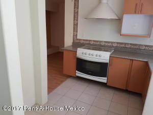 Departamento En Renta En Huixquilucan, Jesus Del Monte, Mexico, MX RAH: 17-51