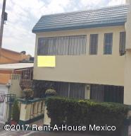 Casa En Renta En Naucalpan De Juarez, Lomas Verdes, Mexico, MX RAH: 17-57