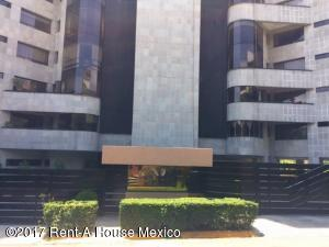 Departamento En Renta En Huixquilucan, Interlomas, Mexico, MX RAH: 17-114