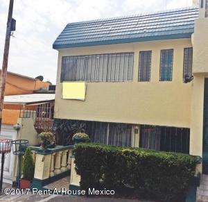 Casa En Rentaen Naucalpan De Juarez, Lomas Verdes, Mexico, MX RAH: 17-116