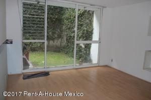 Casa En Rentaen Miguel Hidalgo, Reforma Social, Mexico, MX RAH: 17-155