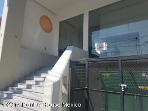 Departamento En Renta En Las Aguilas - Código: 17-181