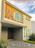 Casa En Rentaen Zapopan, Residecial Solares, Mexico, MX RAH: 17-199