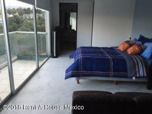 Departamento En Rentaen Huixquilucan, Interlomas, Mexico, MX RAH: 18-11