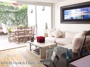 Departamento En Rentaen Miguel Hidalgo, Bosques De Las Lomas, Mexico, MX RAH: 18-24