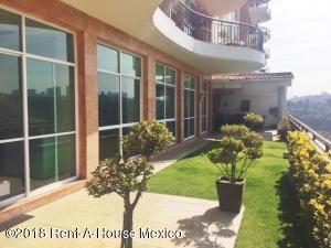 Departamento En Ventaen Huixquilucan, Bosque Real, Mexico, MX RAH: 18-64