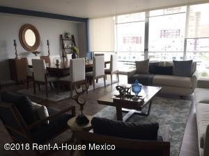 Departamento En Rentaen Huixquilucan, Bosque Real, Mexico, MX RAH: 18-68