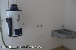 EN MEXICO: Departamento En Venta En Arboledas Código FLEX: 18-655  No.5