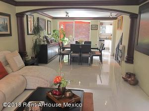 Casa En Venta En Cuajimalpa de Morelos - Gas Código FLEX: 19-305 No.2