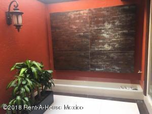 Casa En Venta En Cuajimalpa de Morelos - Gas Código FLEX: 19-305 No.3