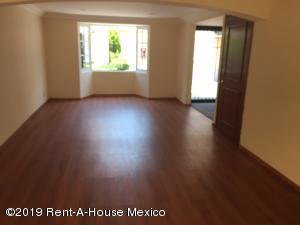 Casa En Venta En Cuajimalpa de Morelos - Gas Código FLEX: 19-1273 No.3